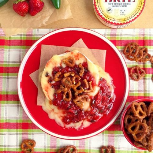 Baked Brie with Candied Pretzels