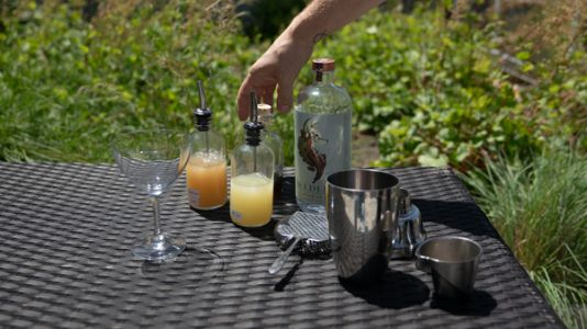 A Mixologist's Guide To 'No-Proof' Cocktails