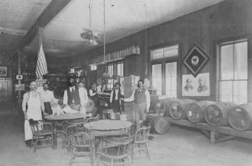 Five-Cent Beers and Hard-Drinking Horses: 15 Saloon Photos Reveal the Real Wild West