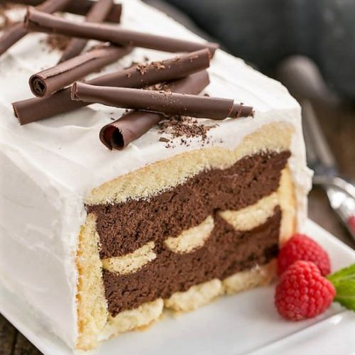 No-Bake Chocolate Mousse Cake
