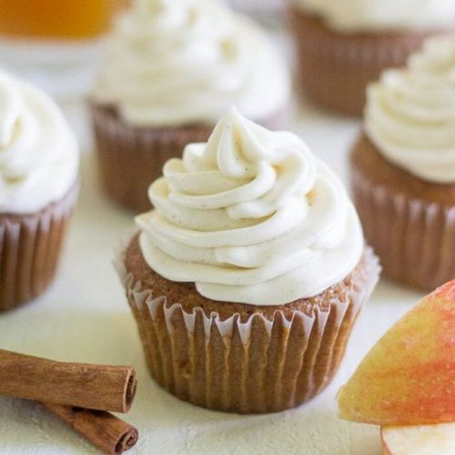 APPLE CIDER CUPCAKES WITH CINNAMON