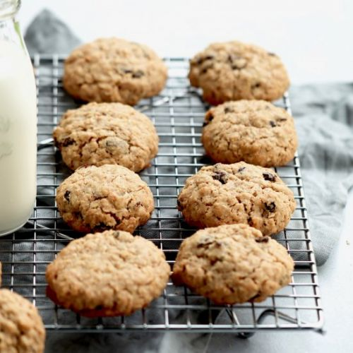 Thick & chewy oatmeal raisin cookie