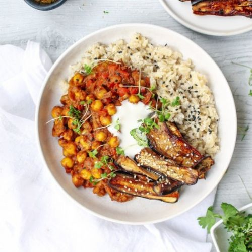 Sticky Aubergines w. Chickpea Curry