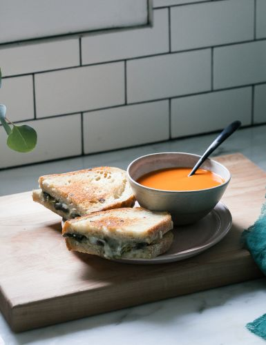 Get Cozy with Leek and Mushroom Grilled Cheese