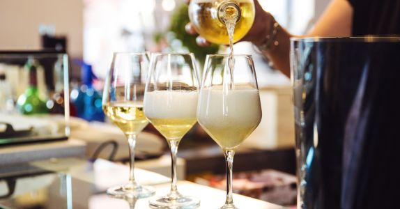 The History of Aperitivo Hour