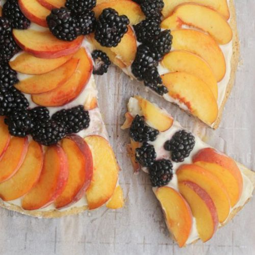 Peach and Blackberry Fruit Pizza