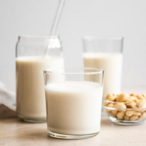 How to Make Cashew Milk