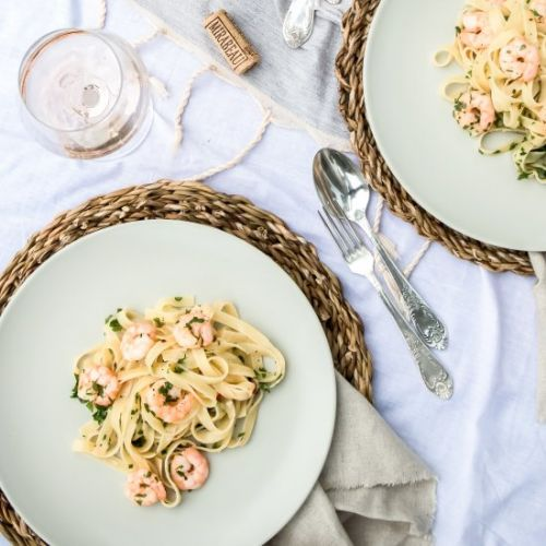 Prawn and rosé wine linguine
