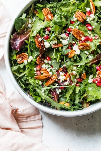 Mixed Baby Greens with Pomegranate, Gorgonzola and Pecans