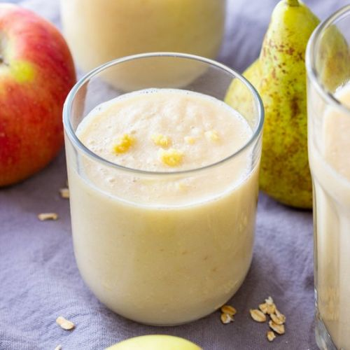 Apple pear ginger smoothie