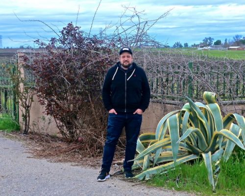 Mountain Tides succeeds with one grape , inaugurated with Clements Hills-Lodi fruit