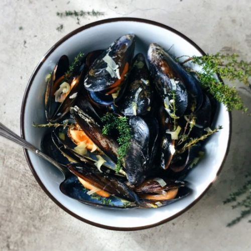 Mussels with leeks and thyme