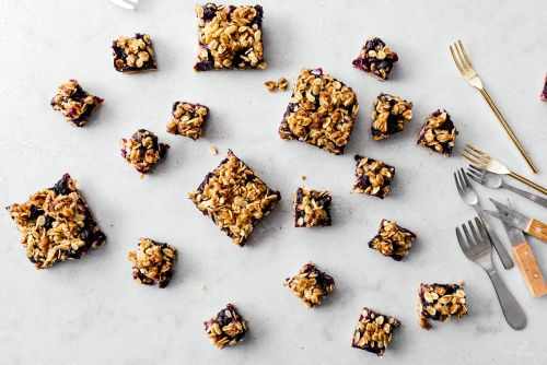 Small Batch Browned Butter Blueberry Oat Crumble Bars Recipe
