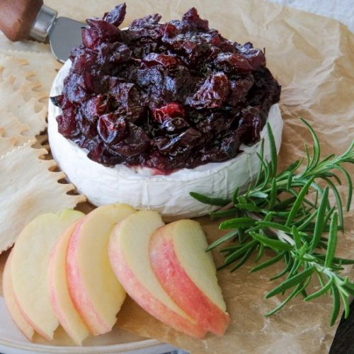 Brie with Red Wine Cranberry Sauce