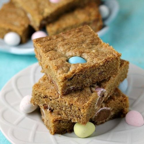 Cadbury Mini Eggs Cookie Bars