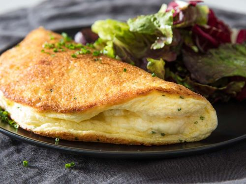 Soufflé Omelette With Cheese