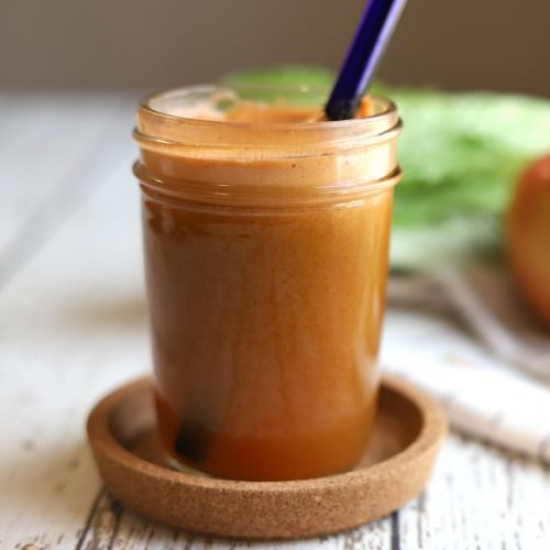 Carrot juice recipe with apple