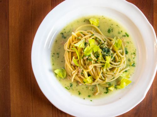 Spaghetti With Canned-Clam Sauce
