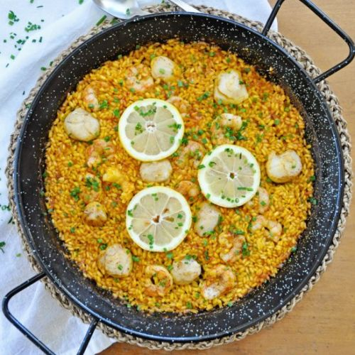Paella with Shrimp and Scallops