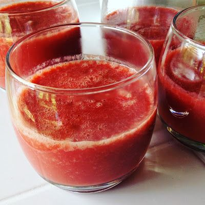 Warm Cranberry-Ginger-Pear Smoothie