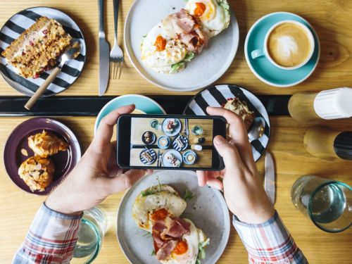 For the Best Food Photos Every Time, Here's What the Pros Use