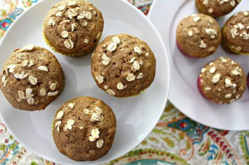 Banana-Oat Muffins with Walnuts