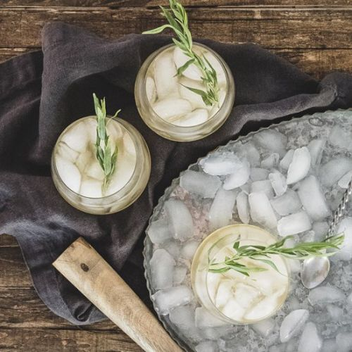 Fennel and Peach Sour