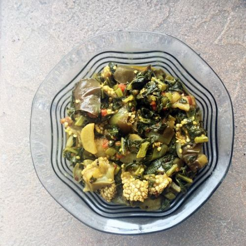Radish Leaves and Eggplant Curry