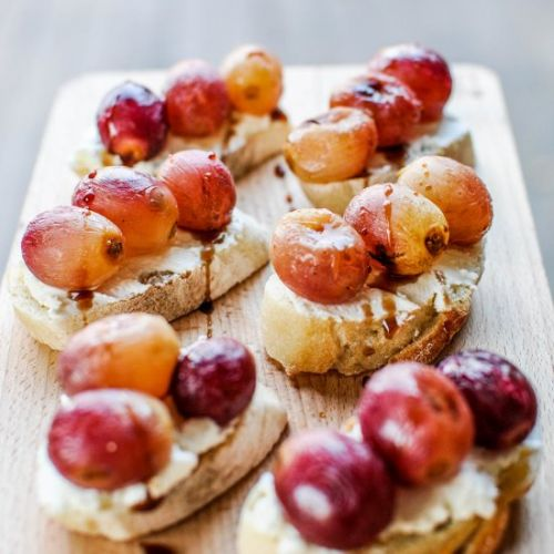 Roasted Grape Crostinis