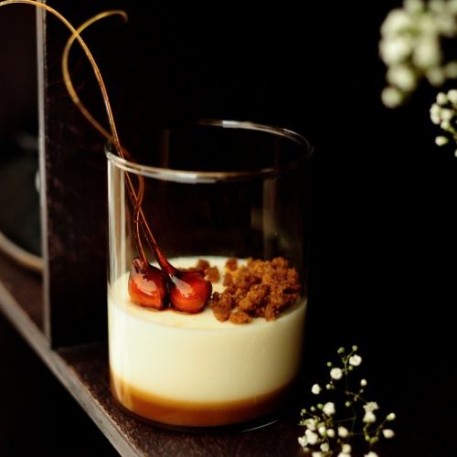 Panna cotta with salted caramel