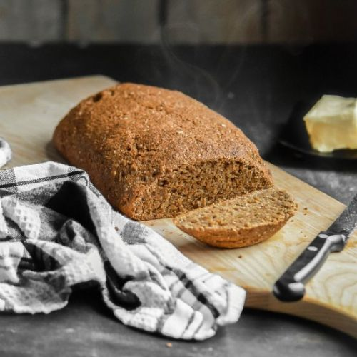 Steakhouse Style Brown Bread