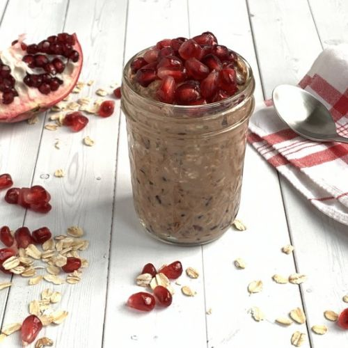 Chocolate Pom Overnight Oats