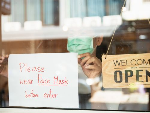 Employees at a St. Louis Restaurant Were Allegedly Maced Over Mask Mandate