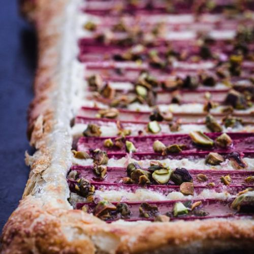 Rhubarb Tart with Ginger & Pistachi
