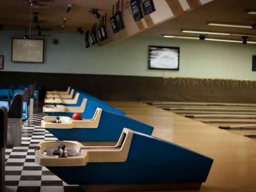 America's Independent Bowling Alleys Might Not Make It Through the Pandemic
