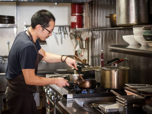 This Chef's Favorite Kitchen Tool Is a Pair of Scissors
