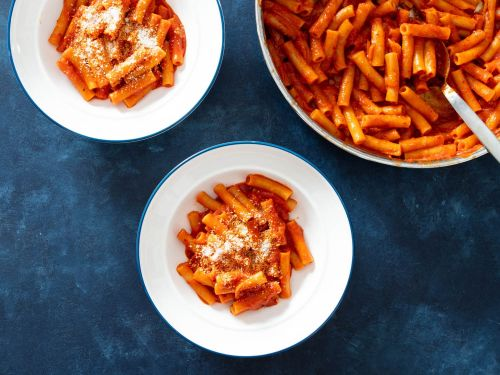 Pasta With Spicy 'Nduja-Tomato Sauce
