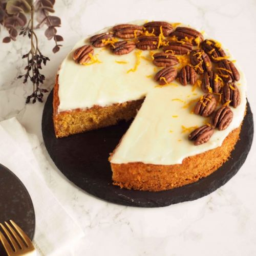 Moist & Spicy Carrot Cake