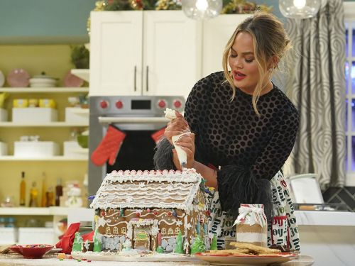 Five Food TV Specials to Watch This Holiday Season
