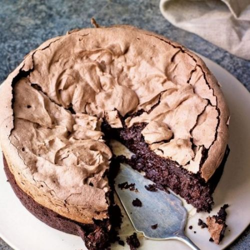 Chocolate meringue brownie