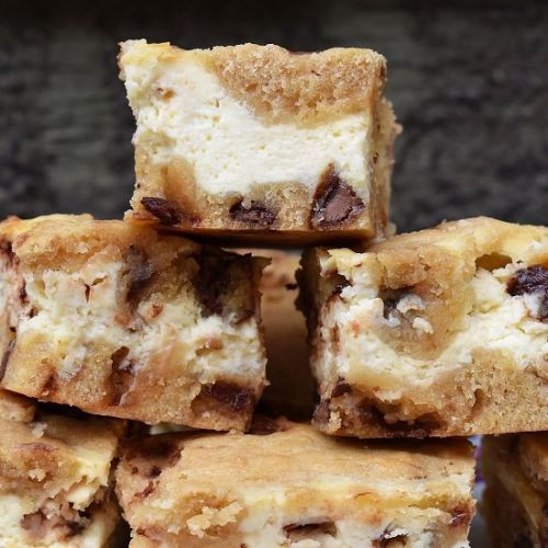 Cheesecake Cookie Bars