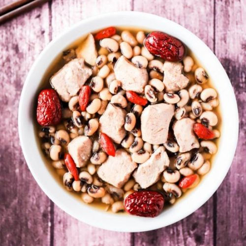 Chicken and Black Eyed Peas Soup