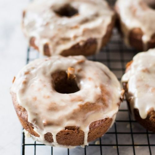 Gingerbread latte donuts