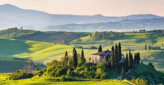 This Tuscany Jeep Tour Includes 15 Wine Tastings
