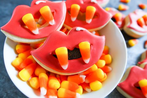 Candy Corn Fang Halloween Cookies