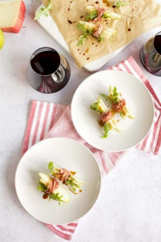 Prosciutto-Wrapped Pears with Manchego and Beaujolais Wine