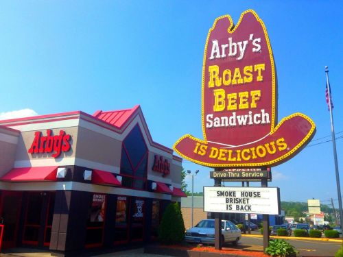 Aliens Freed at the Area 51 Facebook Event Will Have Nothing to Eat but Free Arby's