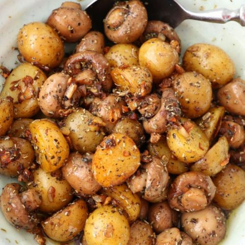 GARLIC MUSHROOM AND BABY POTATOES