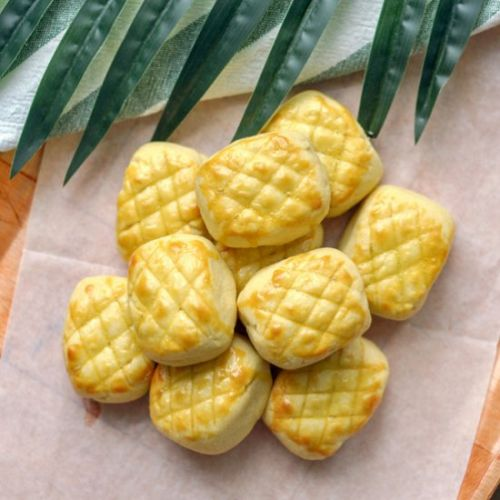 Melt in your Mouth Pineapple Tarts