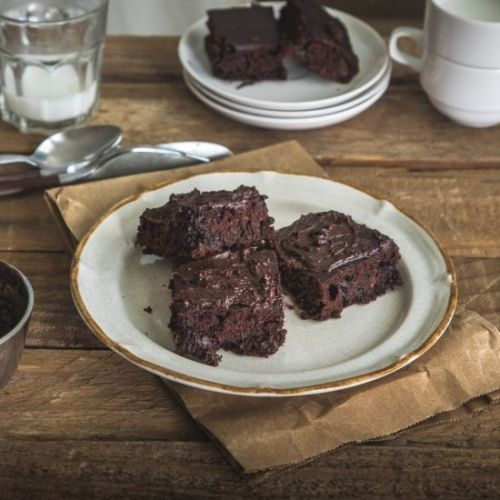 No Oil Low-Calorie Chocolate Cake